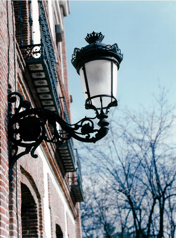 Luminaria en fachada
